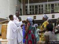 Catholic Church Makes Changes To Prayer Rituals To Prevent Ebola