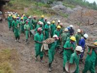 More Thank 50,000 Mining Sector Workers Paid by Cash in Hand